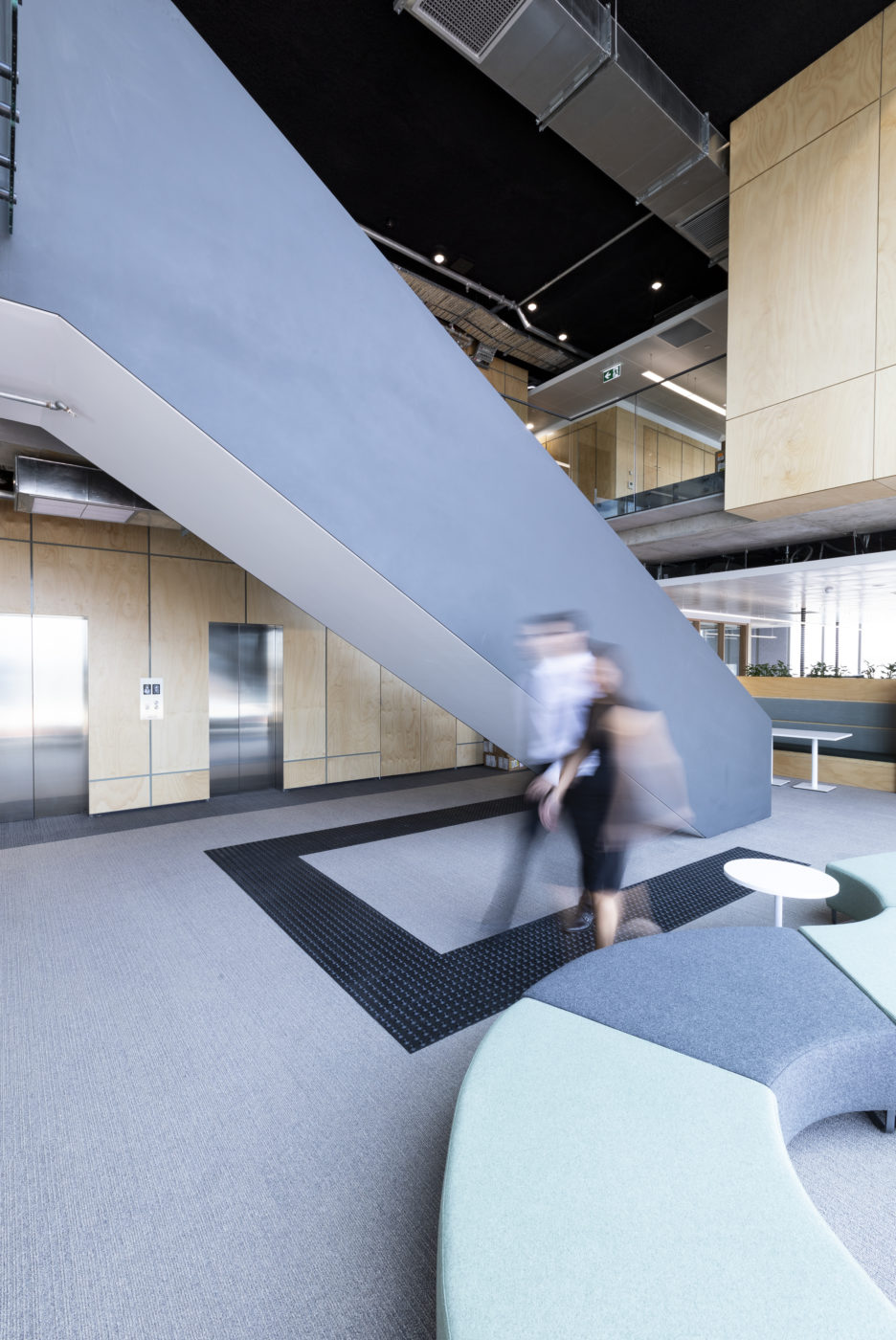 Architectural Staircases | Royal Far West | Active Metal 07