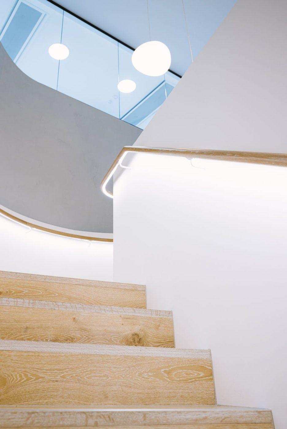 Plate steel stair | Mizuho Bank Sydney | Active Metal 06
