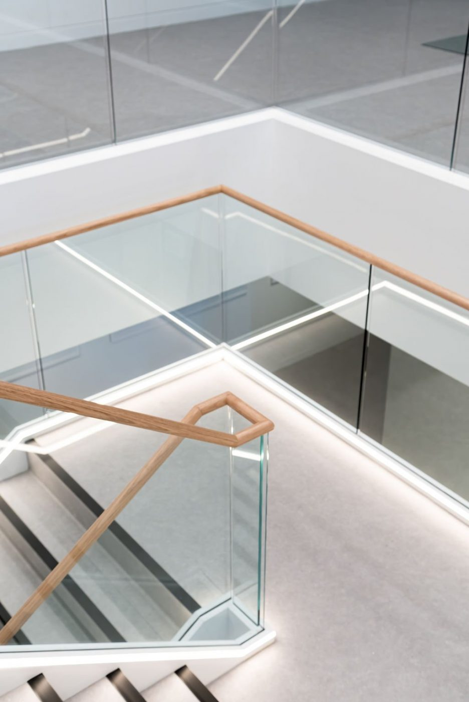 Feature Staircase | Active Metal | Hub Wynyard Sydney 04